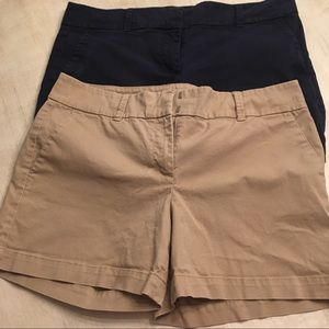 Talbots the daily short 12P khaki/Navy two for one